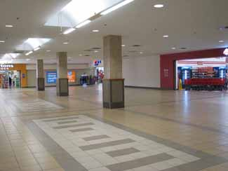 Yarmouth Mall inside